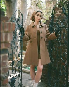Old Actress, American Actress, Lily Collins Audrey Hepburn, Vogue Spain, British Actresses, Hollywood Celebrities, Beautiful Actresses, Editorial Fashion, Marc Jacobs