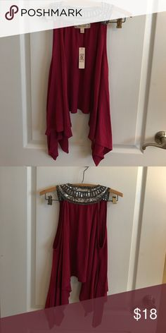 🎀SALE🎀 🆕 Decree Sleeveless Waterfall Cardigan New with tag. Open Front Sleeveless Cardigan. Great for layering. Size L Miss Me Tops