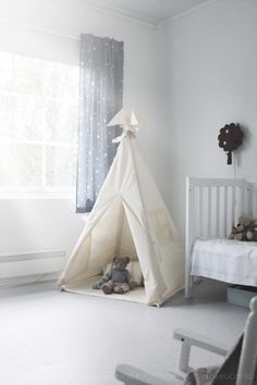 Scandinavian Simplicity - tipi play tent By Moozle