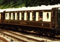 Bluebell Railway Carriages-Built as a Second Class Restaurant car for the London-Harwich boat trains, it was rebuilt in 1937 as a third class parlour car.
