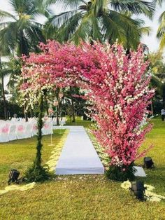 Garden wedding colors florists 55 Ideas for 2019 Wedding Ceremony Arch, Wedding Bride, Wedding Events, Wedding Flowers, Outdoor Wedding Entrance, Wedding Colors, Ceremony Signs, Wedding Altars, Wedding Rustic