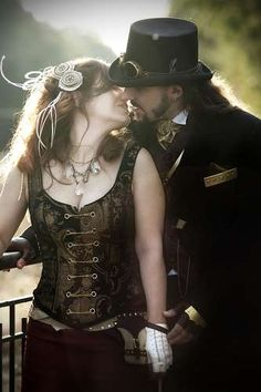 Michelle and Matt's Steampunk Wedding Photos look like Lots of Fun #weddings
