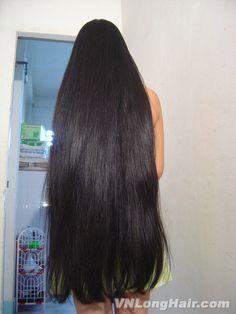 Beautiful Women with Super Long Hair - Bing Long Silky Hair, Long Dark Hair, Long Layered Hair, Thick Hair, Beautiful Long Hair, Gorgeous Hair, Beautiful Women, Long Indian Hair, Really Long Hair