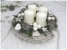 Christmas Advent Wreath, Christmas Tea, Christmas Table Decorations, White Christmas, Christmas Crafts, Xmas, Holiday Decor, Shabby Chic Weihnachten, Advent Candles
