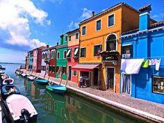Венеция. Остров Бурано. Италия