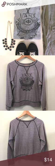 Authentic & Original Crew Sweatshirt • Vans Authentic & Original Crew Sweatshirt in gray • worn occasionally Vans Sweaters Crew & Scoop Necks