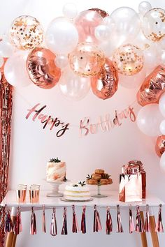21st Birthday Decorations, Birthday Party For Teens, Fabulous Birthday, 14th Birthday, Birthday Woman, Cake Birthday, Birthday Candles, Birthday Morning, 50th Birthday Ideas For Women