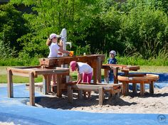 Accessible surface around water and sand table. Do we want a table like this? Or should we design the table out of stone/boulders and affix steel channels, dams, etc? Tree House Playground, Playground Design, Outdoor Playground, Playground Ideas, Water Dam, Sand And Water, Steel Channel, Outdoor Furniture Sets, Outdoor Decor