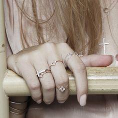 GOLD - #AddictedTo #Jewel #Jewelry #fashion #moda #estilo #fashionblogger #barcelona #inlove #tendencias #livestyle #style #blogger #new #jewellery #rings #necklaces