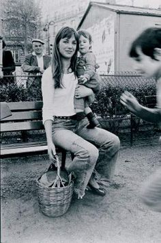 Discount Women S Fashion Boots Gainsbourg Birkin, Serge Gainsbourg, Charlotte Gainsbourg, Celebrity Fashion Outfits, Celebrity Style, Celebrities Fashion, Jane Birkin Style, French Collection, Street Looks