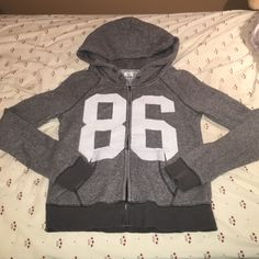 Victoria's Secret hoodie Super warm and comfy hoodie, button closures at the neck for extra warmth, perfect condition. PINK Victoria's Secret Tops Sweatshirts & Hoodies