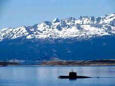 Pray for the ARA San Juan heroes , Please pray for my country Argentina and the 44 marines 😭🇦🇷💔 Por Favor , rezar por toda Argentina y especialmente por los 44 marines  del Submarino desaparecido