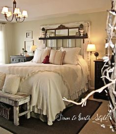 Down to Earth Style: Old Window Headboard. Adkison could we make a headboard for my room like this? Old Window Headboard, Old Window Frames, Window Panes, Mantel Headboard, Window Mirror, Dream Bedroom, Home Bedroom, Bedroom Decor, Pretty Bedroom