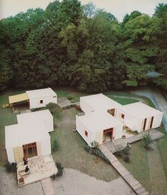 Gianfranco Gasparini and Gustavo Girotti, Prefab Houses, 1976