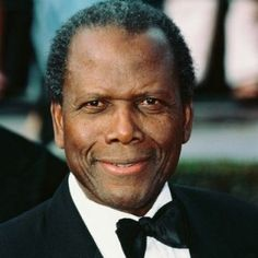 Sidney Poitier In Poitier became the first African-American to win an Academy Award for Best Actor. As an actor and director, he is often credited as the person who broke the motion picture color barrier, paving the way for blacks in film. Black Actors, Film School, Actrices Hollywood, Film Director, Best Actor, Classic Hollywood, Comedians, Movie Stars, Famous People