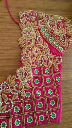 Check out latest bridal blouse designs with designer neck and sleeves to complete your wedding look. Blouse designs catalogue blouse designs back sid Wedding Saree Blouse Designs, Saree Blouse Neck Designs, Cutwork Blouse Designs, Zardosi Work Blouse, Cut Work Blouse, Photo New, Maggam Work Designs, Simple Blouse Designs, Hand Designs