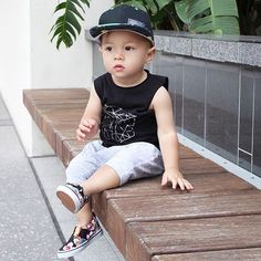 Avoid the sales bedlam swing over to Pop Noggins for up to 40% discount.  | The Toucan | Jet Black | $30 Snapbacks | Free Domestic & Global Shipping Available #popnoggins #trulytropical #snapback #snapbacks #swag #fashion #cap #hat #headwear #dope #streetwear #babyhats #babyswag #babyfashion #babygift #instababy #instakids #toddlerswag #toddlerlife #toddlerfashion #kidsfashion #fashionkids #kids #kidsstyle #kidswear #kidsclothes #kidswag #stylish_cubs #kidsootd #ootd