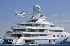 The ultimate yacht with matching helicopter, speed boat, jet ski. Private Yacht, Private Jet, Yachting Club, Grand Luxe, Mercedes Benz S, Cool Boats, Small Boats, Yacht Boat, Yacht Design