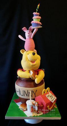 Winnie the Pooh Happy Meal Cake Gravity Defying Cake, Gravity Cake, Fondant Cakes, Cupcake Cakes, 3d Cakes, Fondant Bow, Fondant Tutorial, Fondant Flowers, Fondant Figures