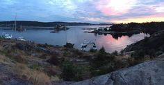 """170 Likes, 1 Comments - Følg Risøya (@risoya2016) on Instagram: """"En perle i havgapet. Kveldsidyll ved de nye hyttene på Risøya! 👌www.risoya.no"""""""