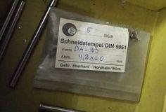 1 Posten mehr als 100 verschiedene Größen Schneidstempel DIN 9861