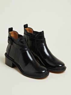 Givenchy Women's Spazz Leather Ankle Boots | LN-CC