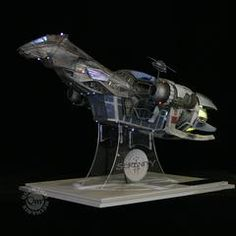 Serenity - The Big Damn Replica (Coolest toy for adults EVER) Firefly Painting, Internet Business Opportunities, Stargate Universe, Best Sci Fi, Best Boats, Firefly Serenity, Stargate Atlantis, Joss Whedon, Geek Girls