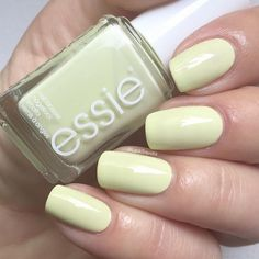 swatch essie chillato