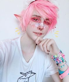 💛 Pastel Boy/ Rainbow Boy 💜 - 💛 Pastel Boy/ Rainbow Boy 💜 Source by dorocana - Pastel Goth Makeup, Pastel Goth Fashion, Kawaii Fashion, Cute Fashion, Boy Fashion, Kawaii Makeup, Cute Makeup, Makeup Looks, Cosplay Makeup