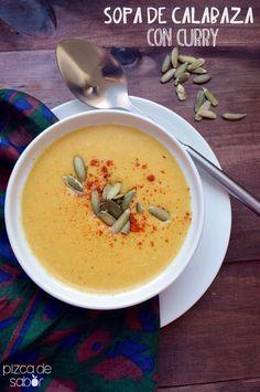Sopa thai de calabaza con curry y leche de coco (butternut squash) www. Veggie Recipes, Asian Recipes, Soup Recipes, Cooking Recipes, Recipies, Vegan Vegetarian, Vegetarian Recipes, Healthy Recipes, Gastronomia