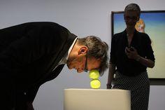 Erwin Wurm one minute sculptures - Поиск в Google