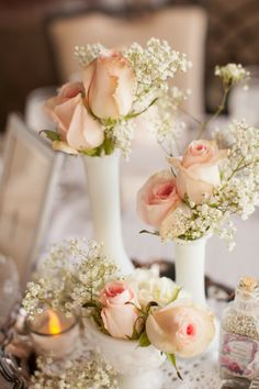 Roses and babys breath. Bling Wedding, Floral Wedding, Wedding Flowers, Dream Wedding, Wedding Reception Decorations, Wedding Centerpieces, Wedding Table, Pastel Pink Weddings, Pink Roses