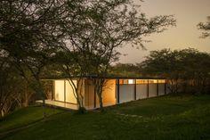 Habitações Los Faiques / Duran & Hermida arquitetos associados