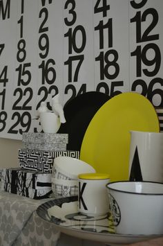 Black white and yellow, with Stendig Calendar in the back!