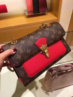 www.luxwomenstore.com Louis Vuitton Monogram Victoire Bag M41731 Cherry…