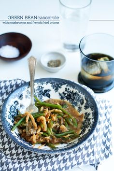 Green Bean Casserole~homemade mushroom soup, green beans and fried onions Ww Recipes, Clean Recipes, Side Dish Recipes, Healthy Recipes, Hungry Girl Recipes, Yummy Veggie, Green Bean Casserole, Freezer Cooking, Healthy Side Dishes