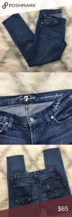"7 for all mankind skinny jeans 7 for all mankind excellent condition lightly distressed skinny jean in EUC. Inseam 26.5"" 7 For All Mankind Jeans Skinny"