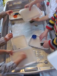 SINK OR FLOAT? DAP for Preschool-Kindergarten. SC.1.47 Enjoy filling and dumping activities. SC.1.54 Participate in activities using materials with a variety of properties (e.g., color, shape, size, name, type of material).