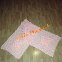 Sjaal in eigen steek, zakken wafelsteek, afwerking schulprandje