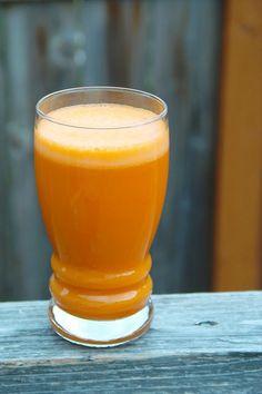 Mini detoks dla zdrowia – sok marchwiowo-jabłkowy