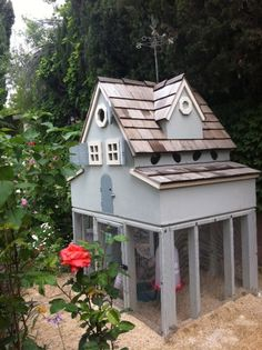 Cute chicken coop.