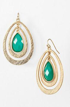 teardrop earrings http://rstyle.me/n/mc9hmr9te