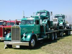 1955 vintage Kenworth Truck Maintenance of old vehicles: the material for new cogs/casters/gears could be cast polyamide which I (Cast polyamide) can produce Show Trucks, Big Rig Trucks, Old Trucks, Pickup Trucks, Heavy Duty Trucks, Heavy Truck, Antique Trucks, Vintage Trucks, Custom Big Rigs