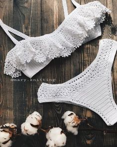 You can order the bikini pattern made with this mesh from the link below or you . Motif Bikini Crochet, Crochet Blouse, Crochet Lace, Crochet Bathing Suits, Mode Crochet, Crochet Woman, The Bikini, Mode Outfits, Crochet Designs