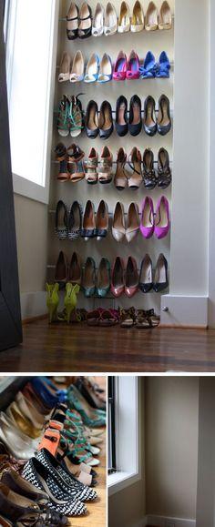 Tensão Rod organizadores sapato |  Clique Pic para 18 Idéias de armazenamento de sapatos DIY para pequenos espaços |  Organização Shoe DIY para armários pequenos