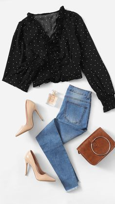9 Simple and Ridiculous Tricks Can Change Your Life: Fashion Hacks Clothes fashion scarf winter.Fashion Ideas For Teens Girls fashion design. Kpop Fashion Outfits, Girls Fashion Clothes, Winter Fashion Outfits, Trendy Fashion, Korean Fashion, Fashion Hacks, Classy Fashion, Fashion Wear, Spring Fashion