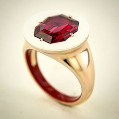 Spinel, white and red ceramic and rose gold ring, by Taffin, James de Givenchy.