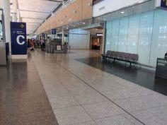 Aéroport de Montréal, Qc