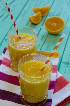 Cinco Quartos de Laranja: Sumo de laranja com manga e banana