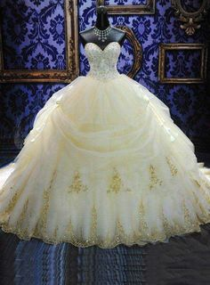 ihomecoming.com SUPPLIES Gorgeous Ball Gown Sweetheart Appliques Cathedral Wedding Dress Bridal